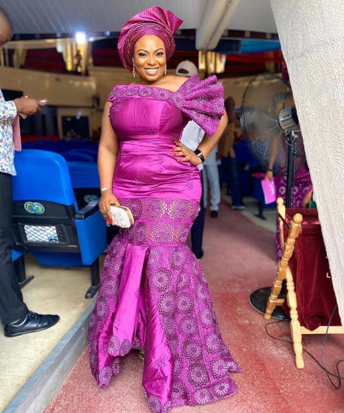 AsoEbiBella.com presents  The Latest Aso Ebi Styles -Vol. 311