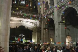 Globos de colores en el Recital Misionero
