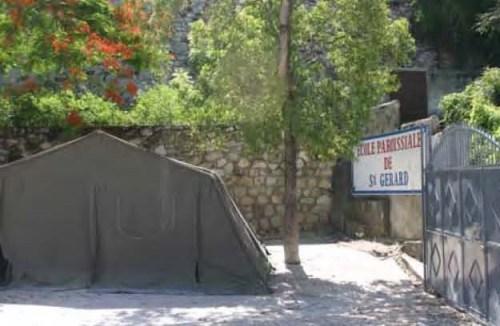 Entrada Escuela San Gerardo de Puerto Príncipe (Haití)