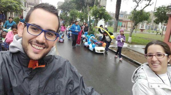 Alberto y Yolanda, en la fiesta del aniversario de la guarderia del Perpetuo Socorro de Santa Anita, Lima