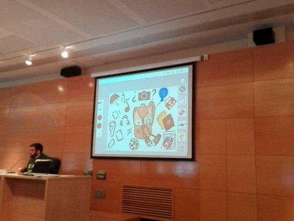 Antonio Puerto presenta la 'mochila' del voluntario redentorista en el Curso de Voluntariado