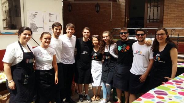Cocineros y colaboradores en la Fiesta Solidaria