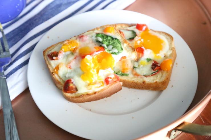 egg baked toast