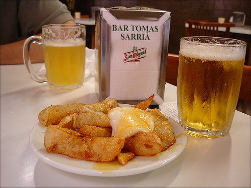 Patatas bravas at Bar Tomás of Sarrià