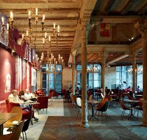 Lugares imprescindibles en tu visita a Barcelona - Ocaña