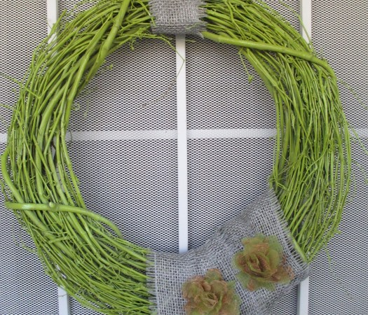 DIY Painted Grapevine Wreath Tutorial