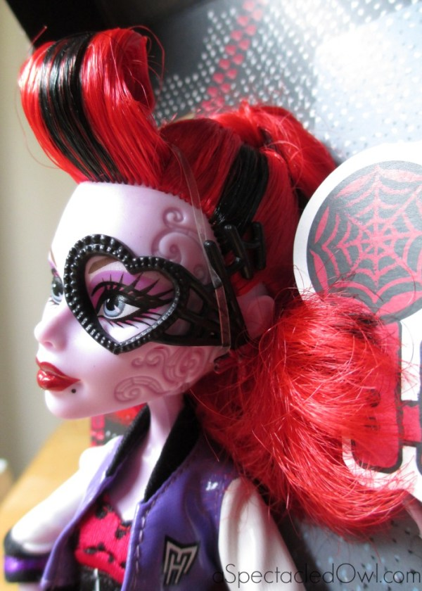Monster High Clawesome Double Feature DVD & Operetta Doll Review