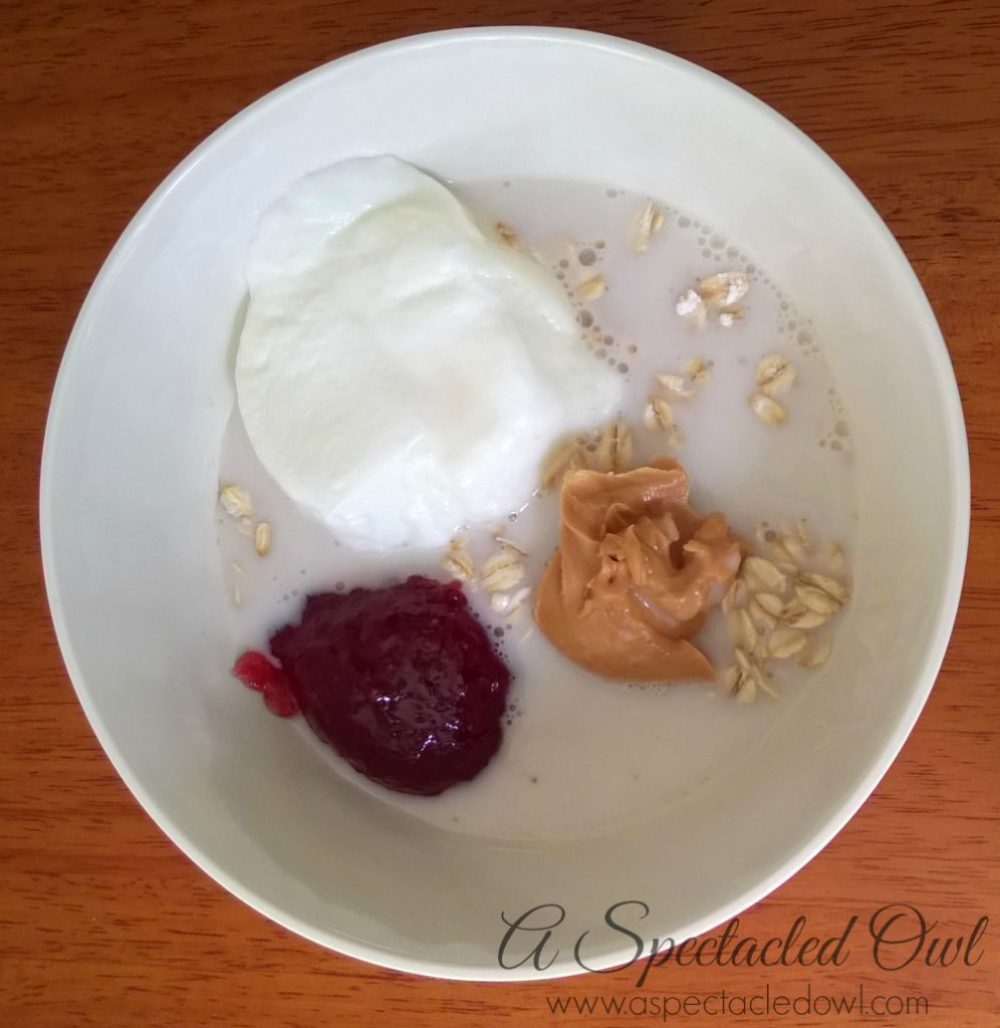 Peanut Butter & Jelly Overnight Oatmeal Recipe #MountainHighYoghurt