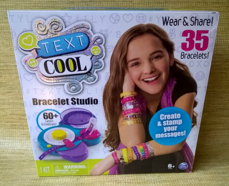 DIY Craft Kits for Kids - Knit's Cool & Text Cool #IMACoolMaker