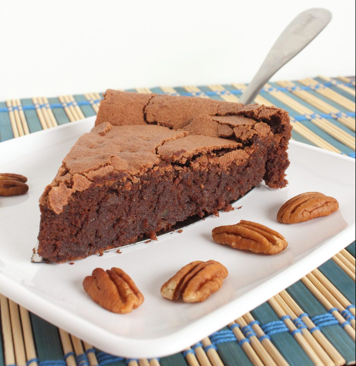 Chocolate Pecan Flourless Cake
