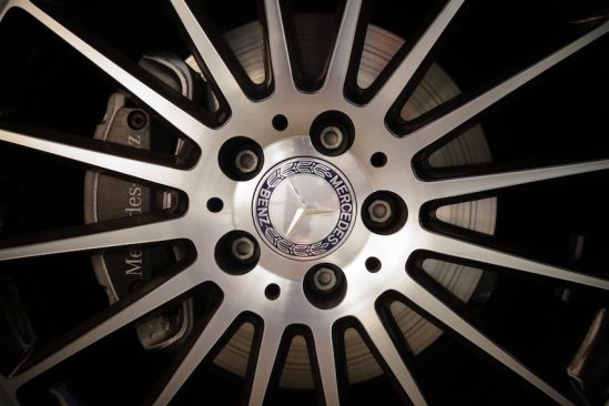 360_video_mercedes_benz Felge