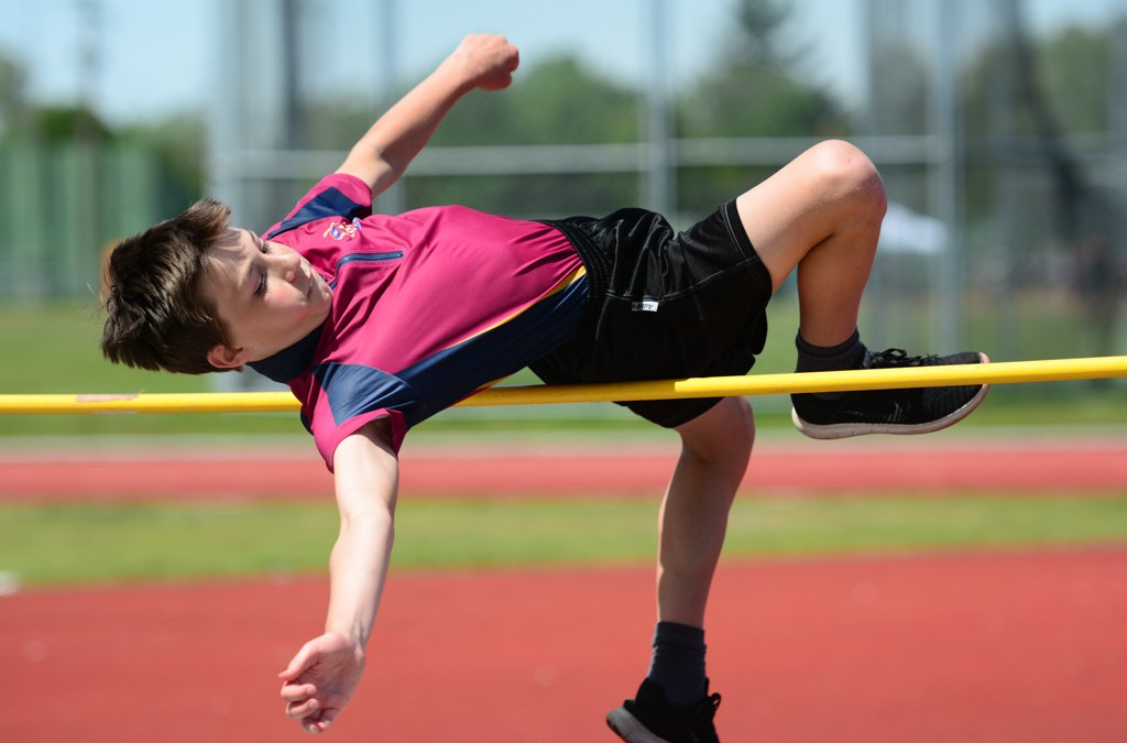 Grade 6 & 7 Impress at Track and Field
