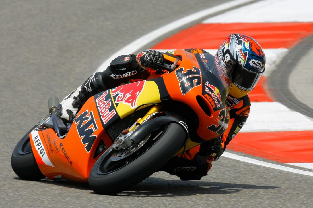 Moto3 Officially Killing Two-Strokes in 2012 - Asphalt & Rubber