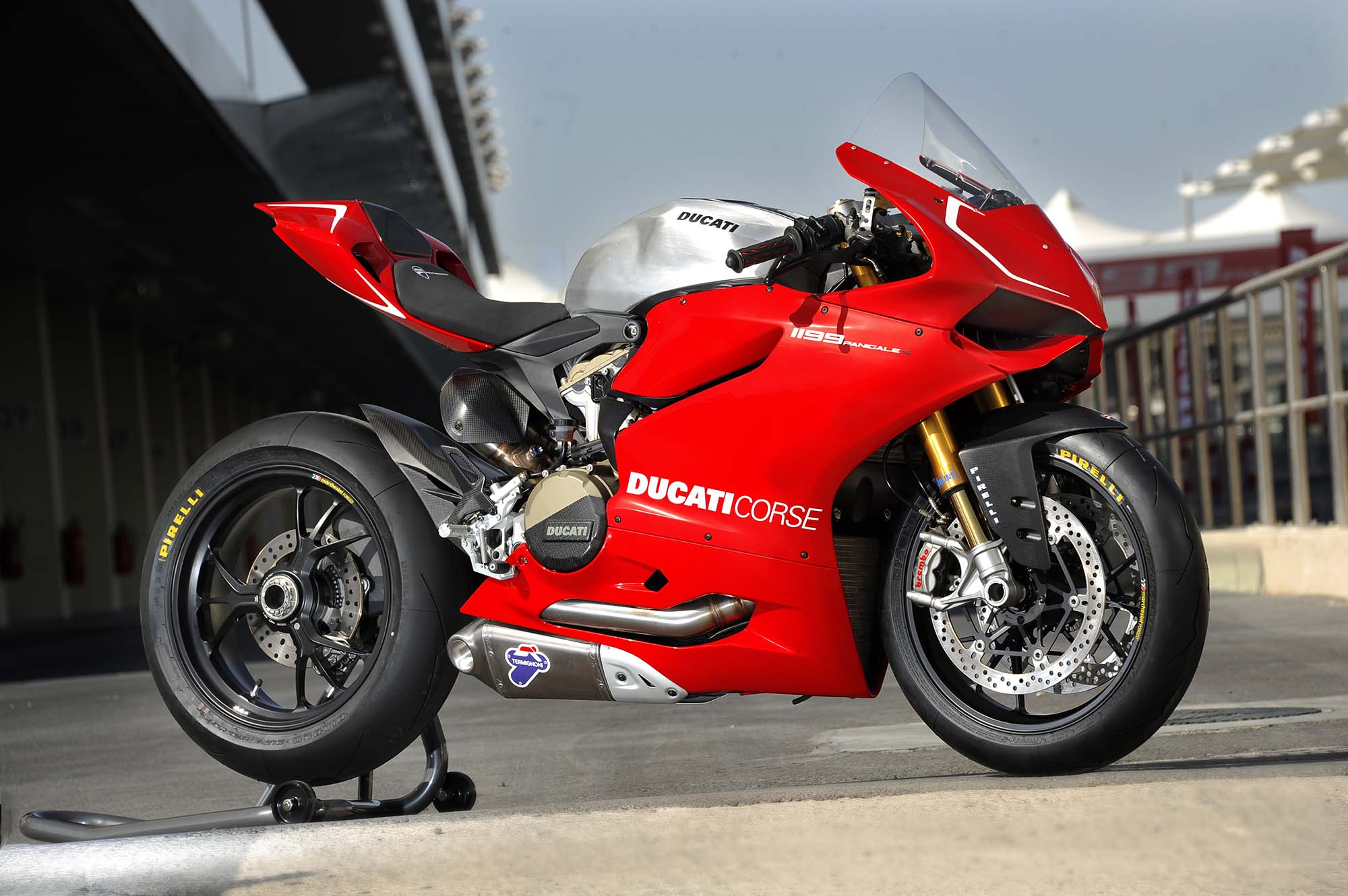 Ducati Panigale 1200cc >> Ducati 1199 Panigale Gets Clean Slate For Weight In Wsbk Asphalt