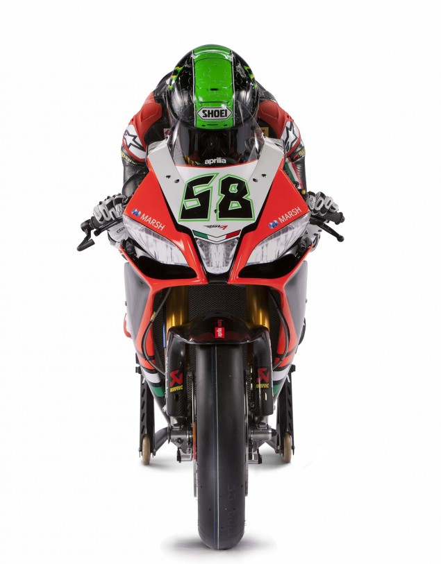 2013-Aprilia-WSBK-Eugene-Laverty-02