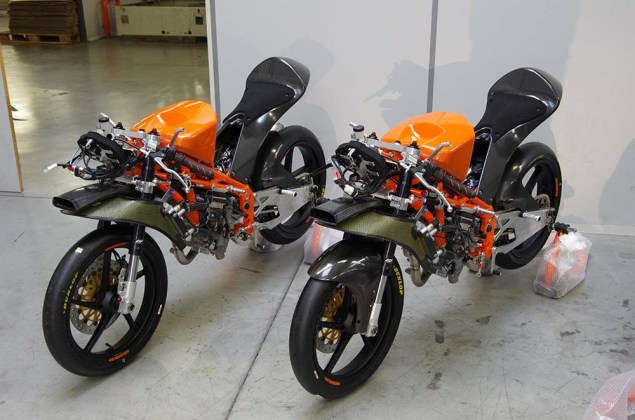 2013-KTM-RC250R-production-racer-build-19