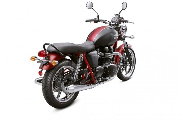 2013-Triumph-Bonneville-SE-01