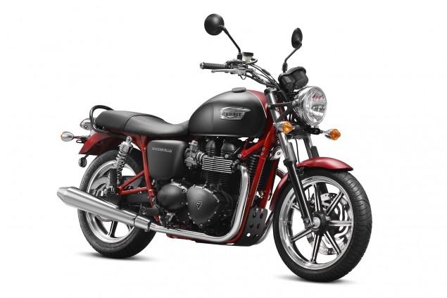 2013-Triumph-Bonneville-SE-03