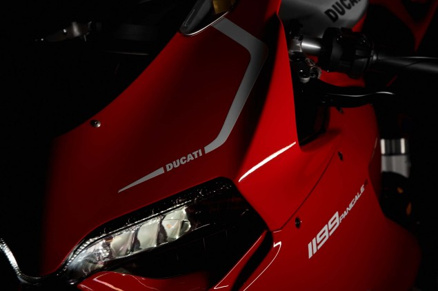 Ducati-1199-Panigale-R-Circuit-of-the-Americas-08