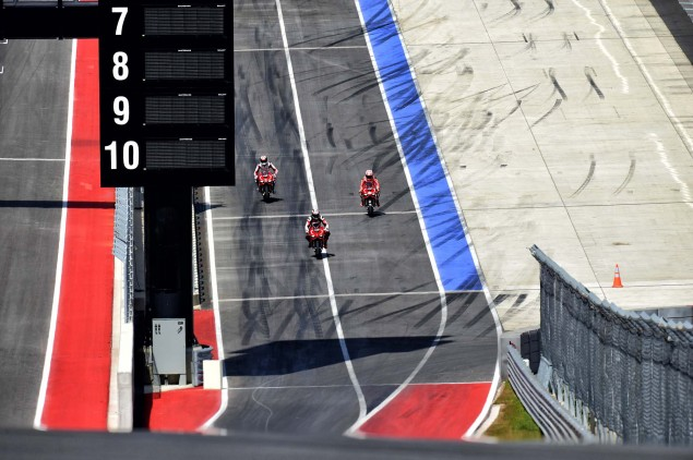 Ducati-1199-Panigale-R-Nicky-Hayden-Ben-Spies-18