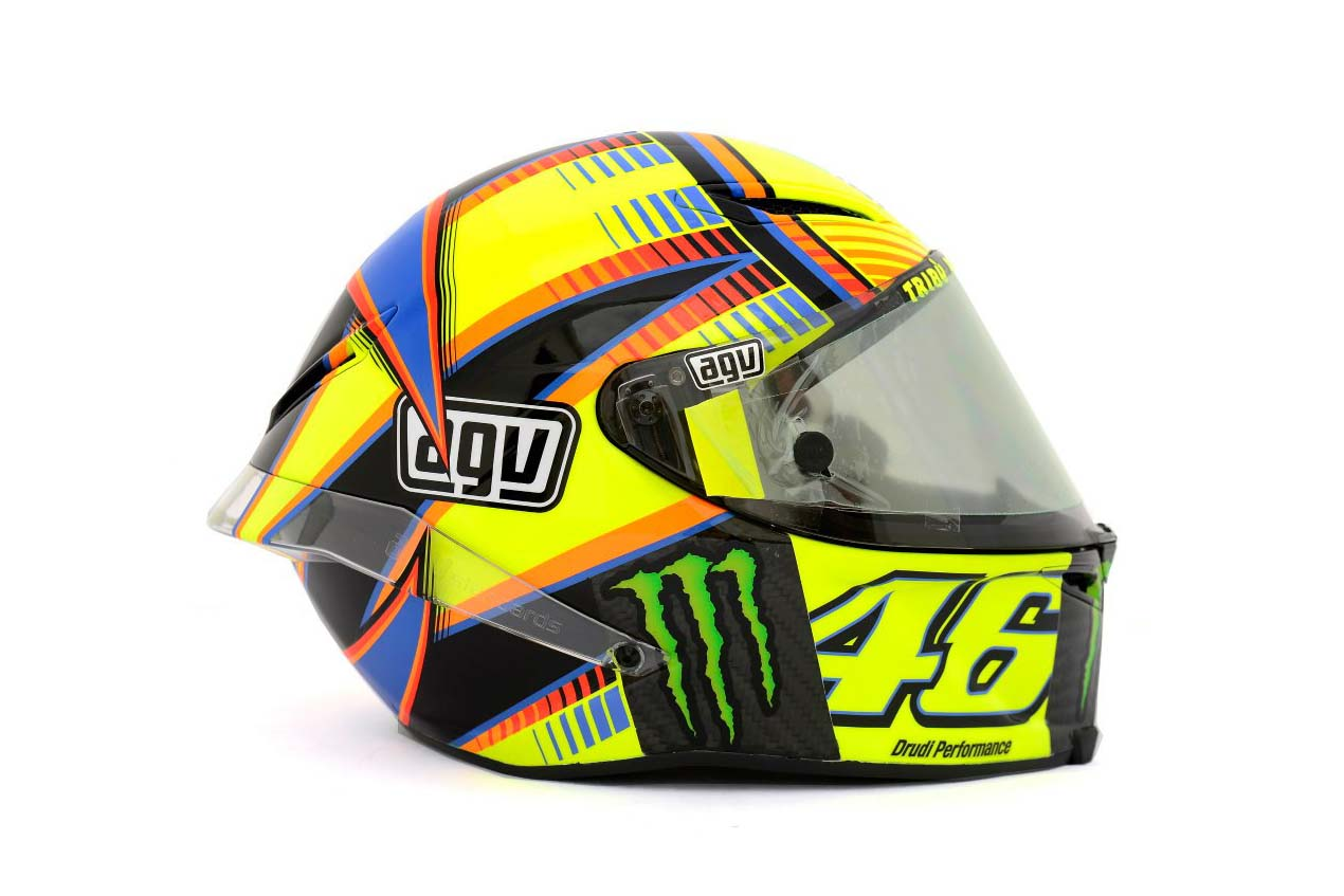 photos the five agv pista gp helmets in motogp asphalt. Black Bedroom Furniture Sets. Home Design Ideas