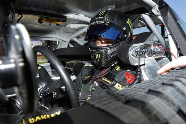 Valentino-Rossi-NASCAR-08