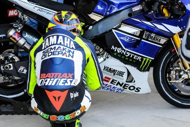 Yamaha-YZR-M1-MotoGP-Valentino-Rossi-Up-Close-15