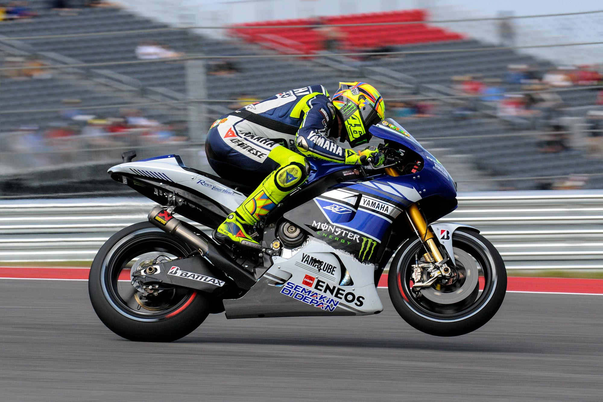 Up Close With The 2013 Yamaha Yzr M1 Asphalt Rubber