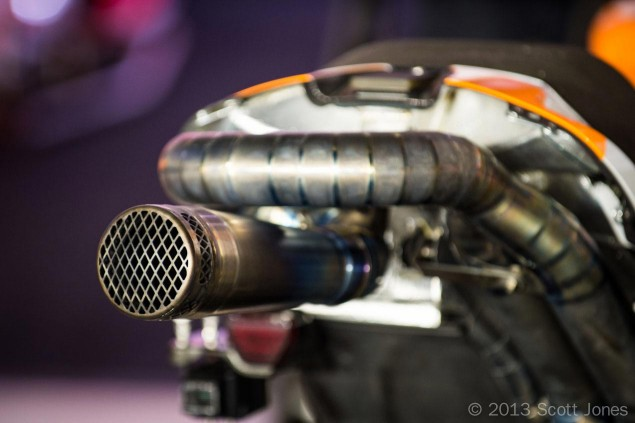 hrc-repsol-honda-rc213v-exhaust-motogp-qatar-scott-jones