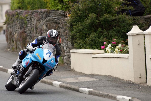 Supersport-Superstock-Ballaugh-Ballacrye-Isle-of-Man-TT-Richard-Mushet-07