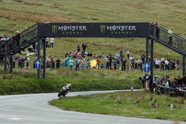 The-Bungalow-Supersport-TT-Zero-2013-Isle-of-Man-TT-Richard-Mushet-05