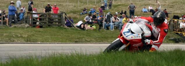The-Bungalow-Supersport-TT-Zero-2013-Isle-of-Man-TT-Richard-Mushet-12