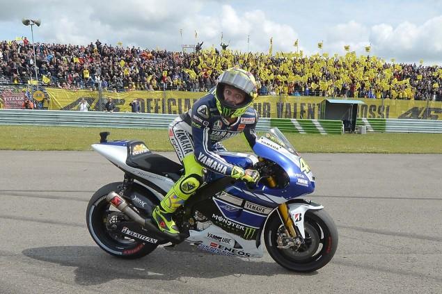 Valentino-Rossi-Win-Dutch-TT-Aseen-MotoGP-Yamaha-Racing-05