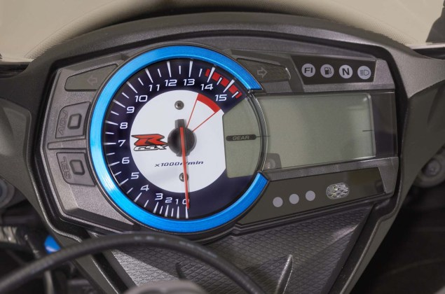 2014-Suzuki-GSX-R1000-SE-Limited-Production-09