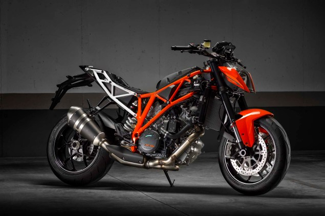 2014-KTM-1290-Super-Duke-R-chassis-01