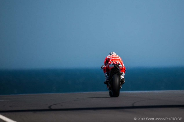 Friday-Phillip-Island-MotoGP-2013-Scott-Jones-08