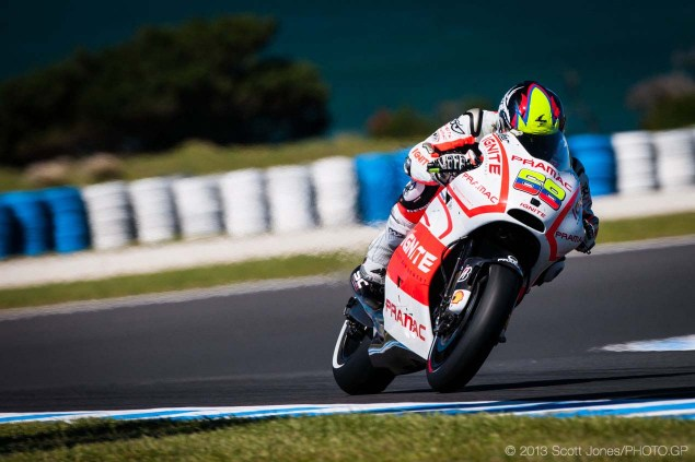 Friday-Phillip-Island-MotoGP-2013-Scott-Jones-17