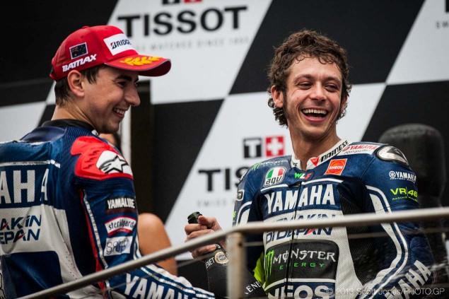 Sunday-Phillip-Island-Australian-GP-MotoGP-2013-Scott-Jones-16