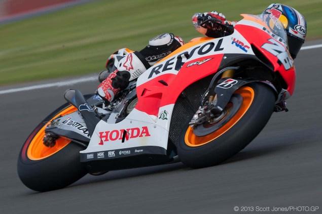 2014-Friday-Valencia-MotoGP-Scott-Jones-17