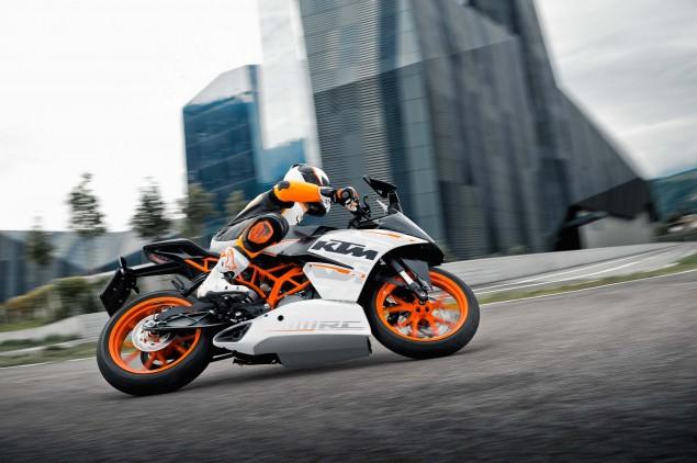 2014-KTM-RC390-11