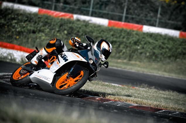 2014-KTM-RC390-12