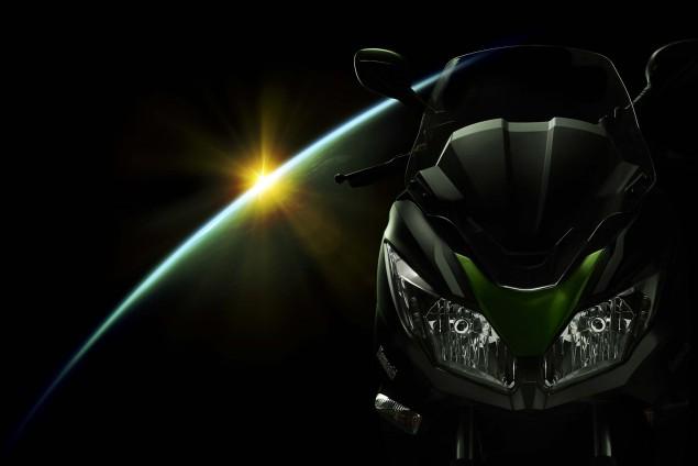 2014-Kawasaki-J300-11