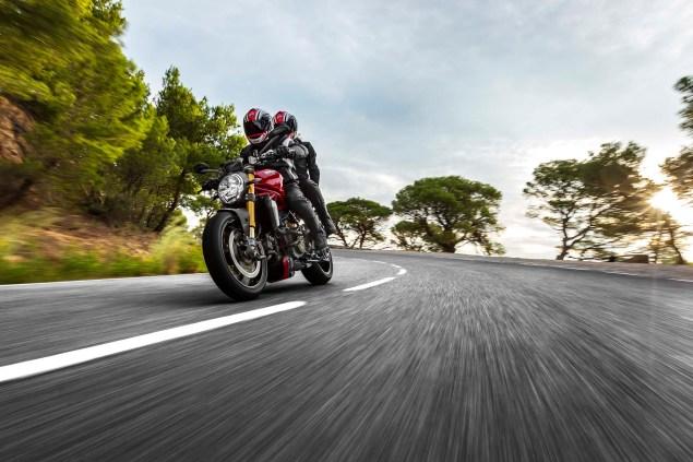 2104-Ducati-Monster-1200-S-26