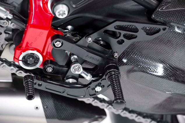 Pierobon-trellis-frame-Ducati-1199-Panigale-03