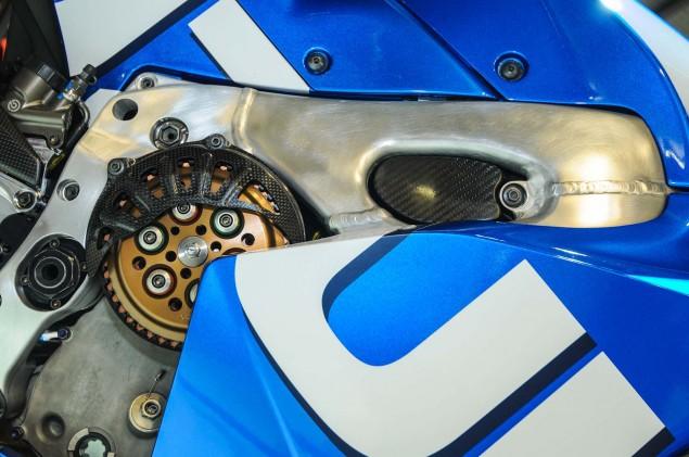 Suzuki-MotoGP-race-bike-EICMA-05