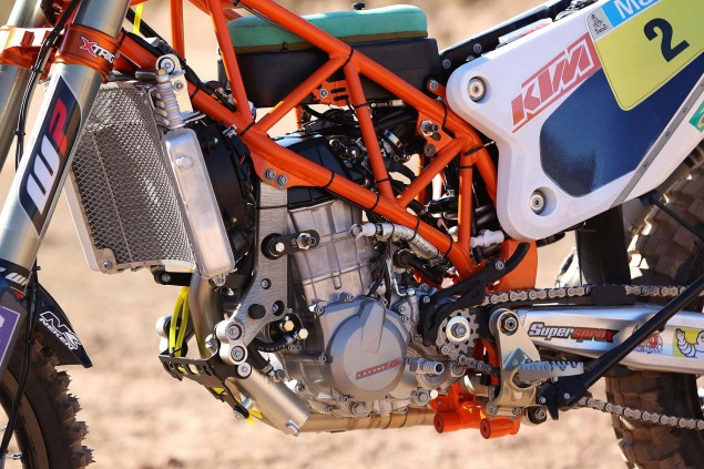 2014-KTM-450-Rally-race-bike-02
