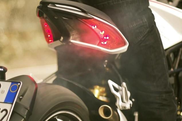 mv-agusta-dragster-800