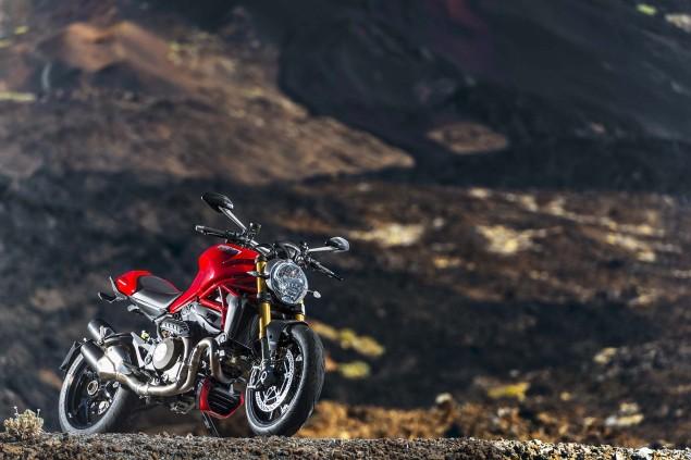 2014-Ducati-Monster-1200-still-06