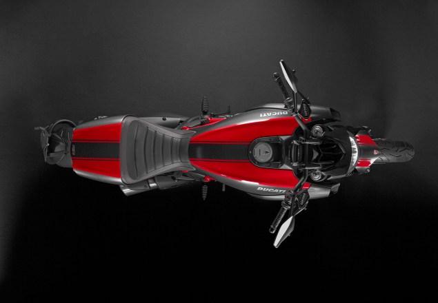 2014-Ducati-Diavel-Carbon-14