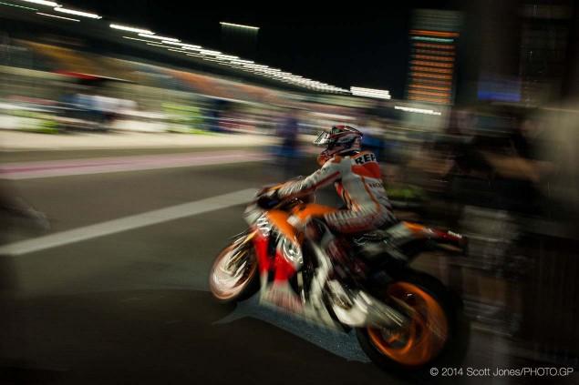 2014-Qatar-GP-MotoGP-Friday-Scott-Jones-03